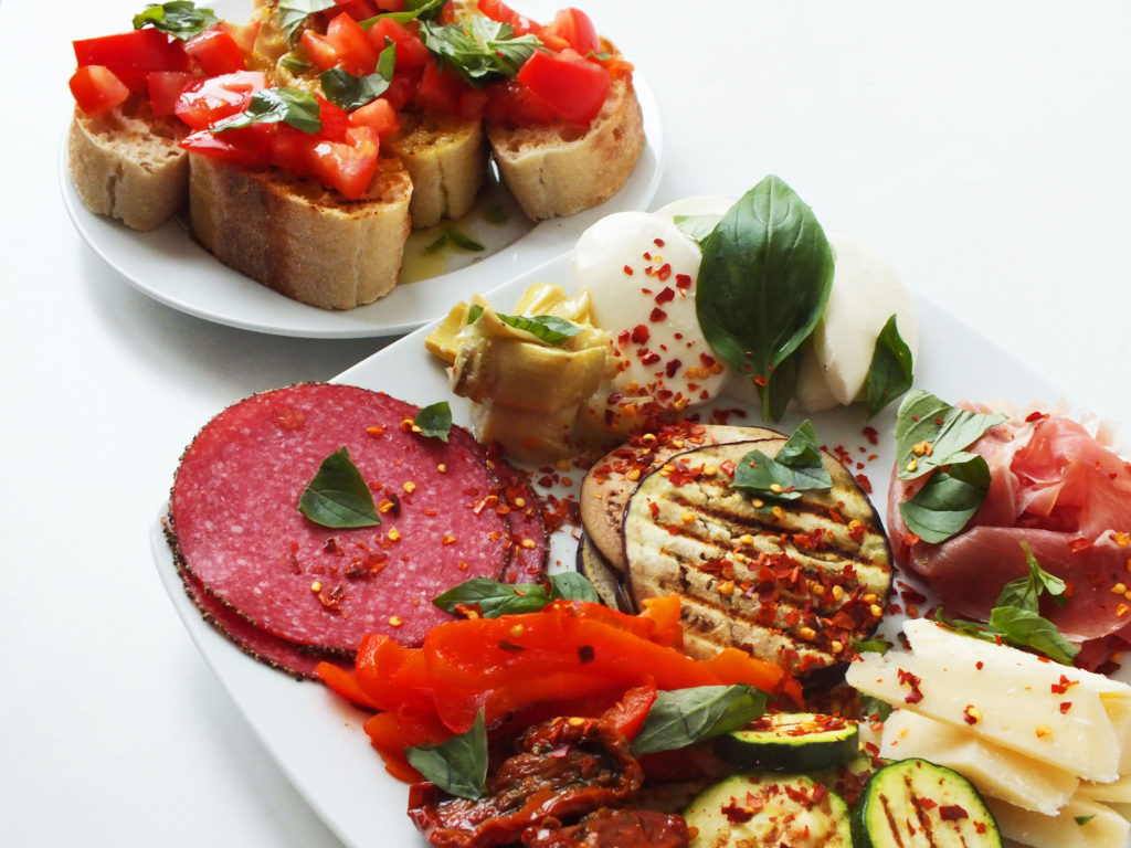 antipasti_with_tomato_crostini