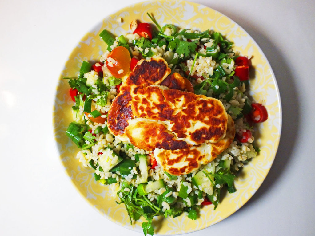 halloumi_bulgur_parsley_salad